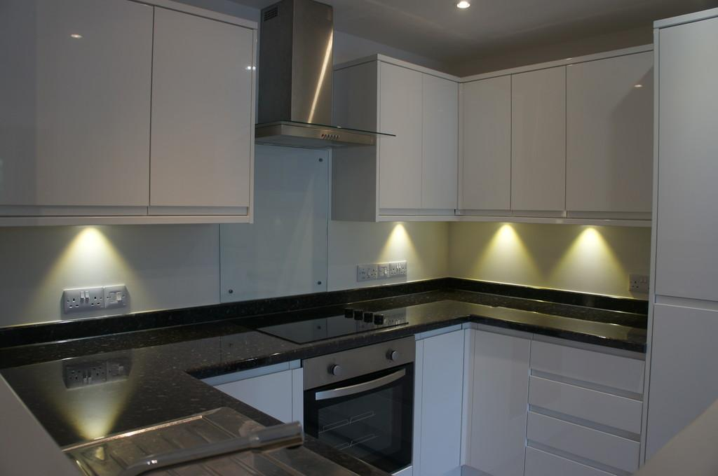 2 Bedrooms Apartment Flat for sale in King George Court, Carlisle