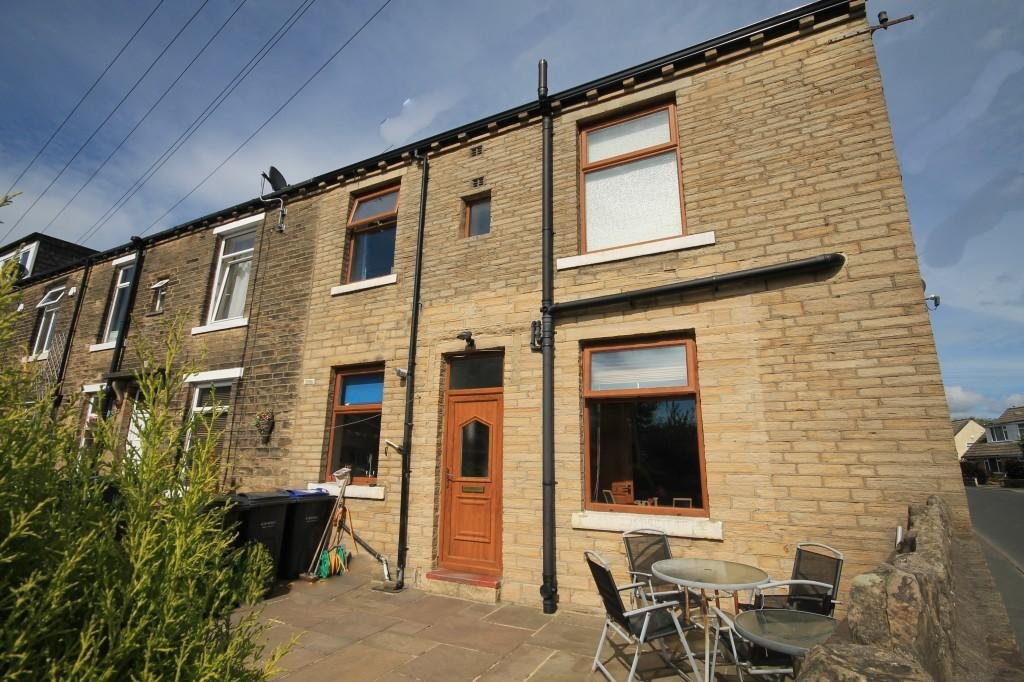 3 Bedrooms Terraced House for sale in Perseverance Street, Baildon