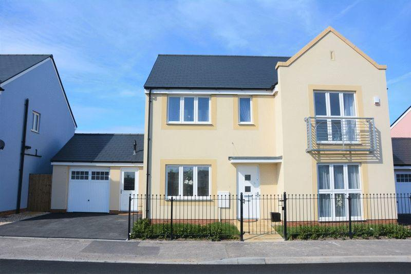 5 Bedrooms Detached House for sale in Cobham Parade, Weston-Super-Mare