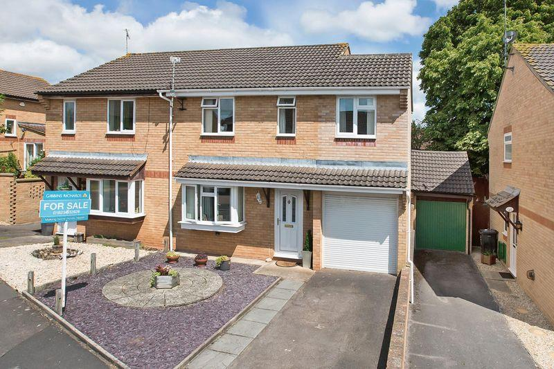 4 Bedrooms Semi Detached House for sale in BLACKBROOK