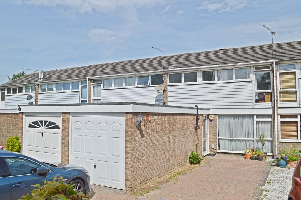 3 Bedrooms Terraced House for sale in Poplars, Welwyn Garden City, AL7