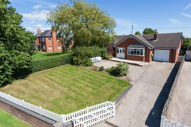 2 Bedrooms Bungalow for sale in Church Lane, Ash Magna, Nr Whitchurch