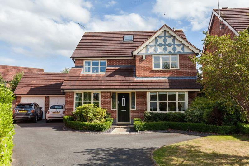6 Bedrooms Detached House for sale in Flowerscroft, Stapeley, Nantwich