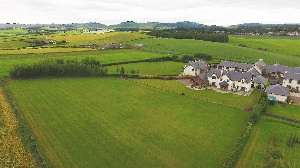 5 Bedrooms Detached House for sale in East Nether Blelock, Bankfoot, Perthshire , PH1 4EE