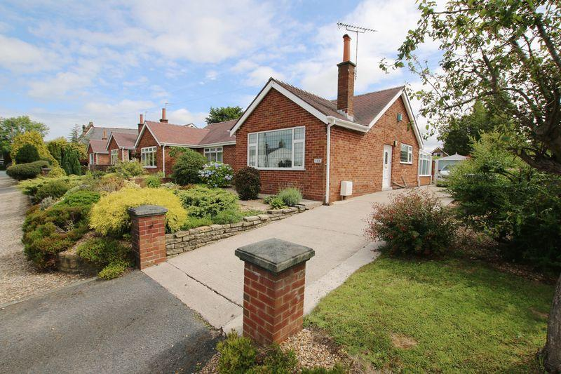 2 Bedrooms Semi Detached Bungalow for sale in 169 Liverpool Road, Longton