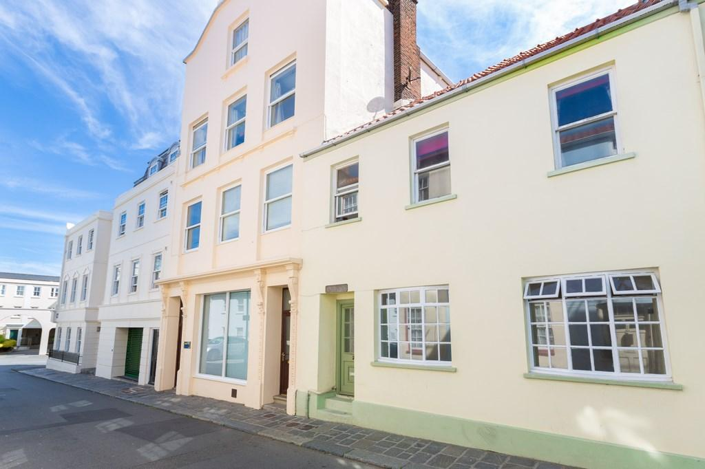 1 Bedroom Ground Flat for sale in Havilland Street, St. Peter Port, Guernsey
