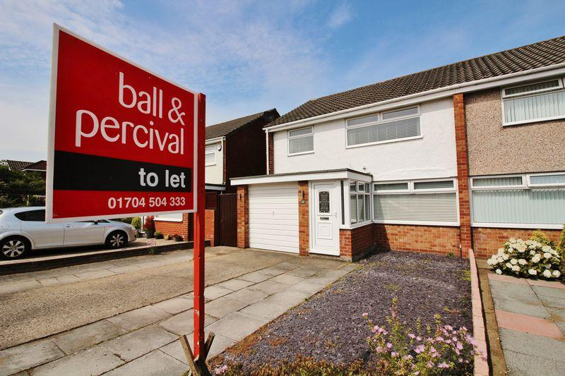 3 Bedrooms Semi Detached House for rent in Cornwall Way, Ainsdale
