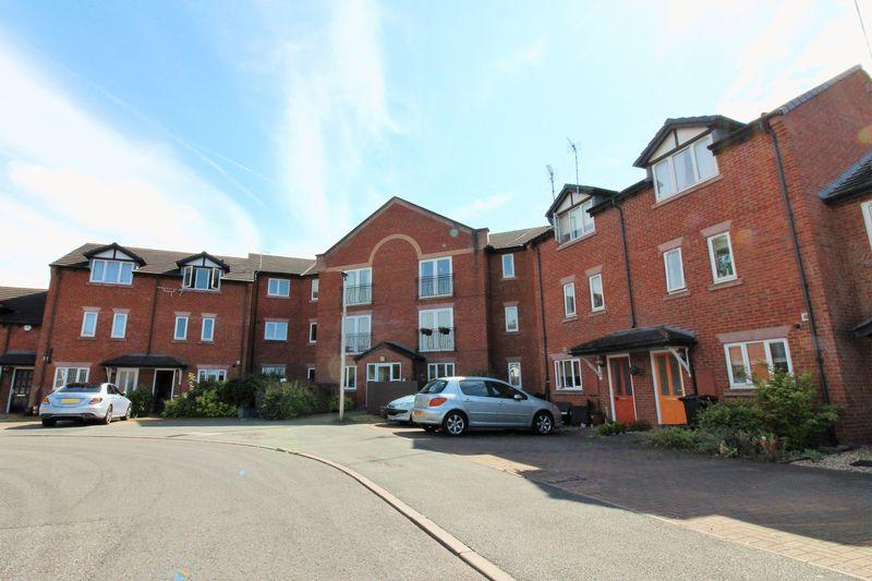 2 Bedrooms Apartment Flat for sale in Chesterton Court, Chester
