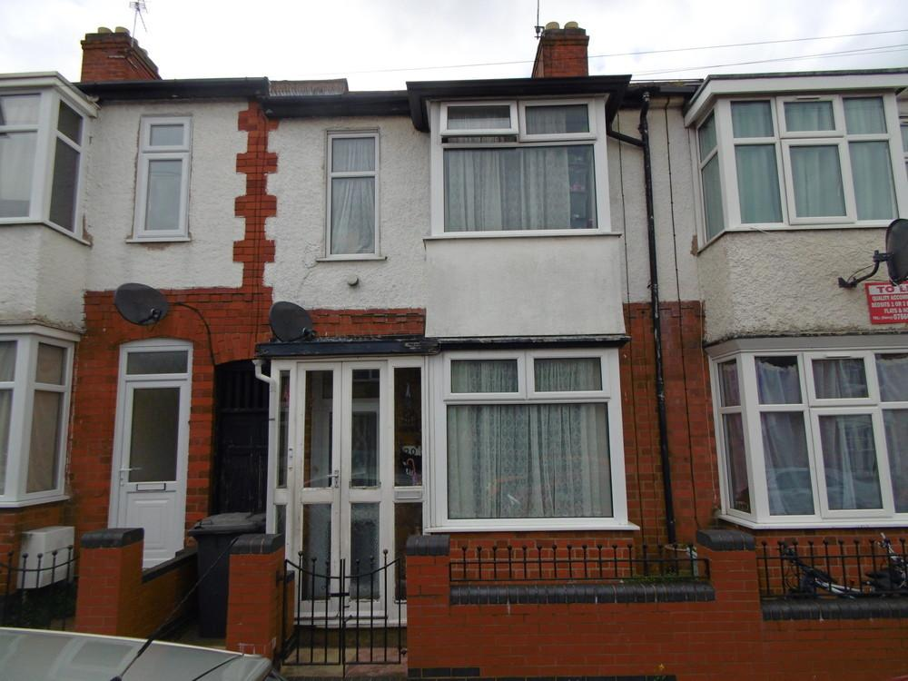 3 Bedrooms Town House for sale in Dore Road, Leicester, Leicestershire