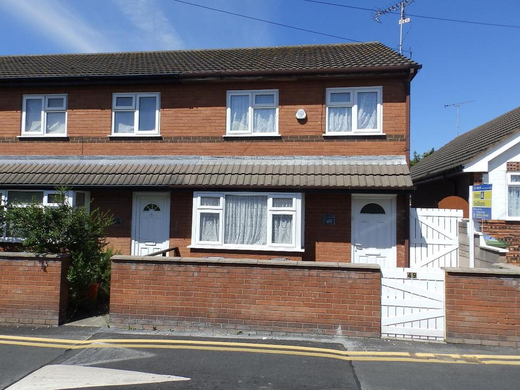 3 Bedrooms Terraced House for sale in Millbank Road, Rhyl