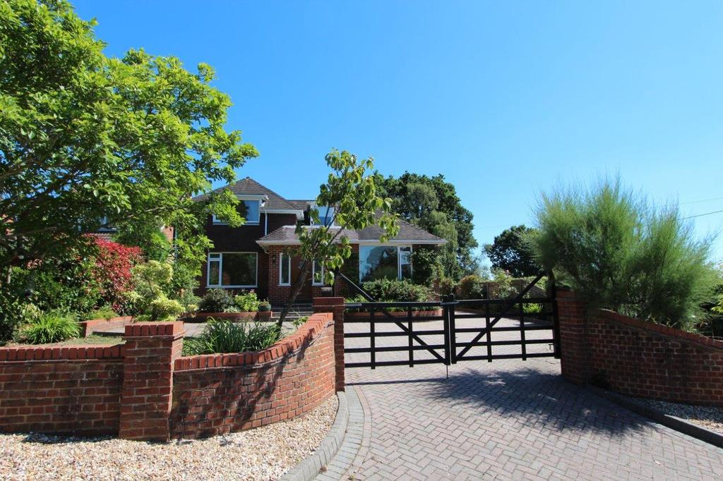 5 Bedrooms Detached House for sale in Foord Road, Hedge End SO30