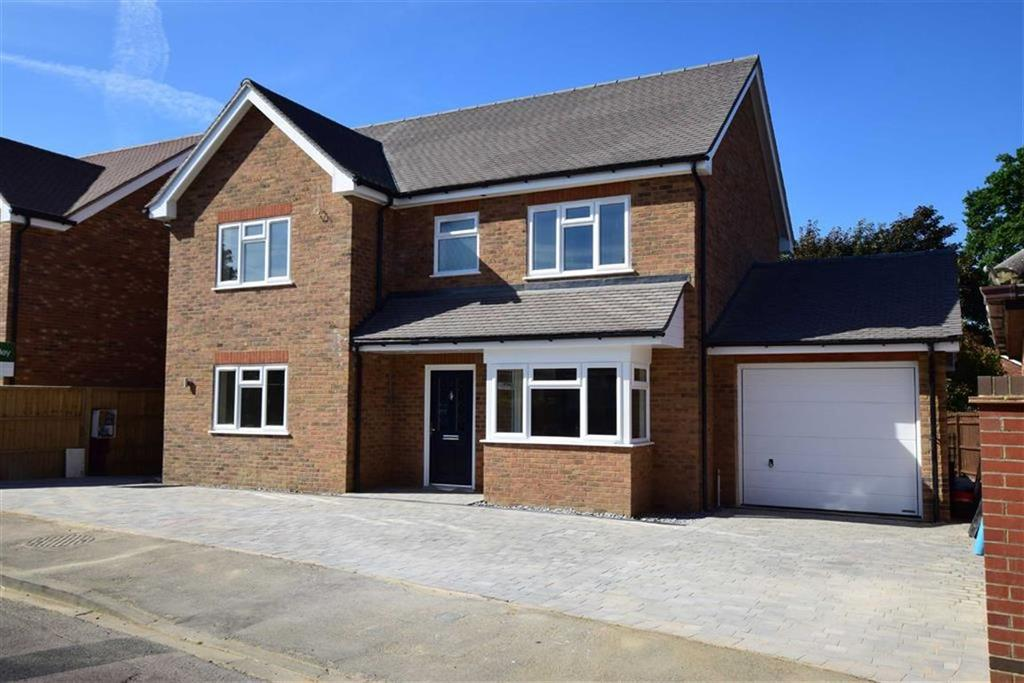 5 Bedrooms Detached House for sale in Woods Road, Caversham, Reading