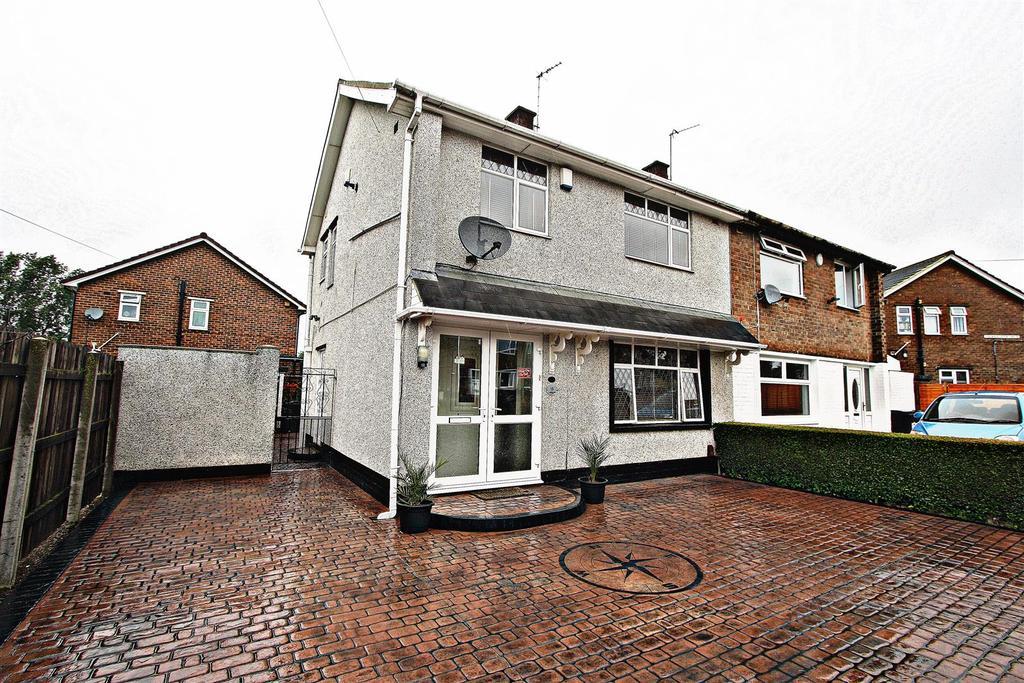 3 Bedrooms Semi Detached House for sale in Masham Moor Way, Darlington
