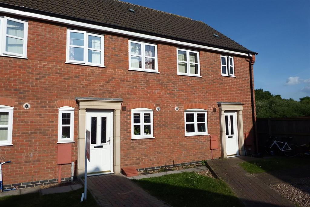 2 Bedrooms Terraced House for sale in Piccard Drive, Spalding, PE11