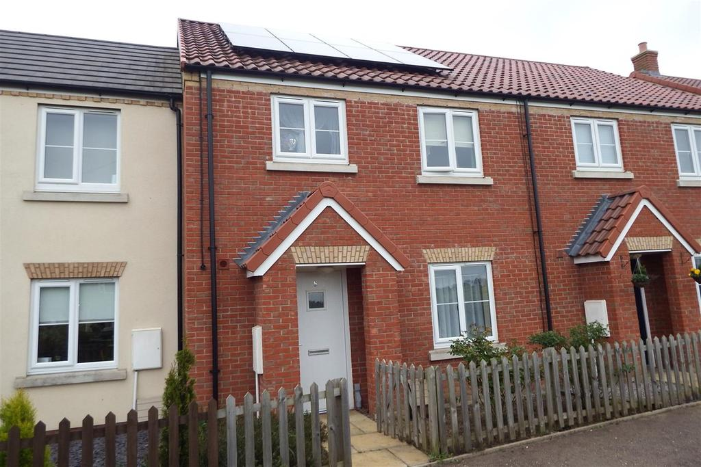 3 Bedrooms Terraced House for sale in Rhone Walk, Spalding, PE11