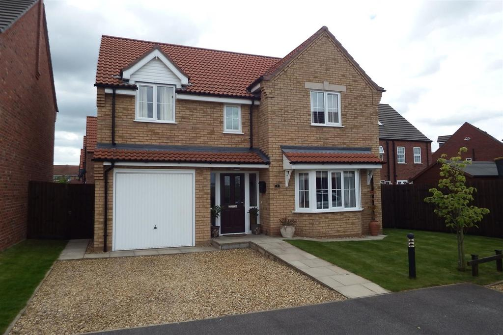 5 Bedrooms Detached House for sale in Larkspur Way, Spalding, PE11