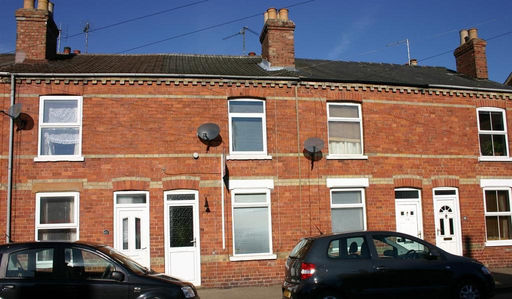 2 Bedrooms Terraced House for sale in South Parade, Spalding, PE11