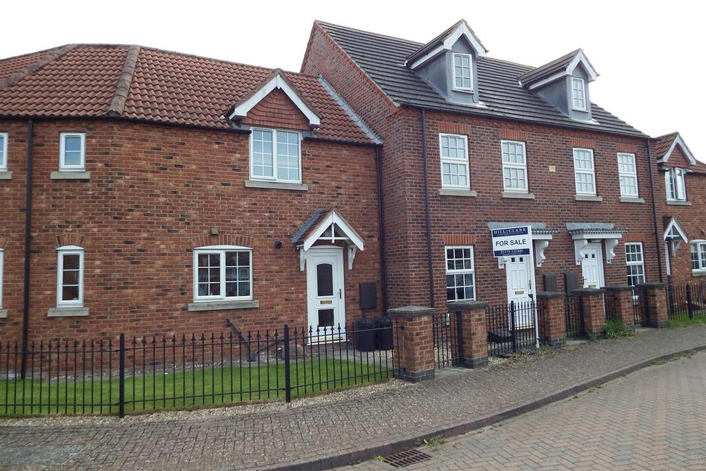 2 Bedrooms Terraced House for sale in Woodrow Place, Spalding, PE11