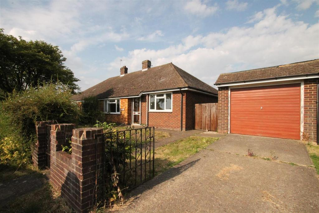 2 Bedrooms Bungalow for sale in Charlton Lane, West Farleigh, Maidstone