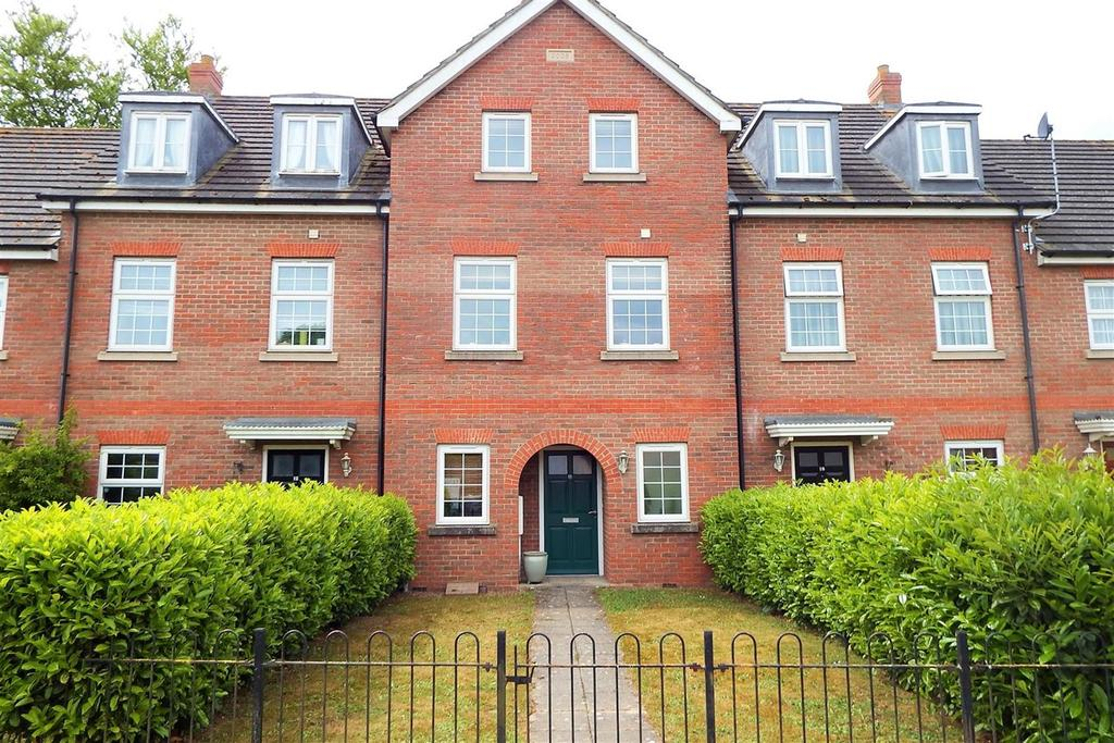 4 Bedrooms Town House for sale in Kime Mews, Kirton, Boston, PE20