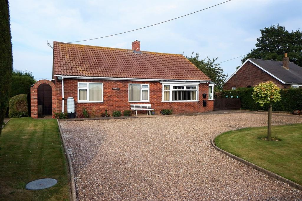 3 Bedrooms Detached Bungalow for sale in Broadgate, Wrangle, Boston, PE22