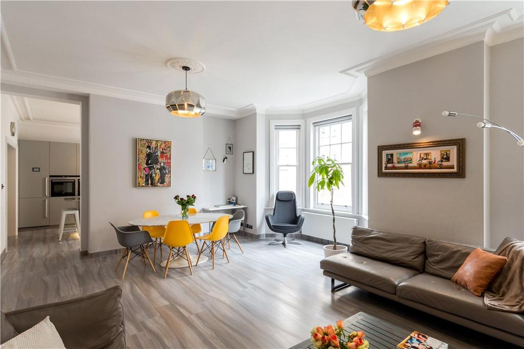 3 Bedrooms Flat for sale in Cumberland Mansions, Brown Street, London, W1H