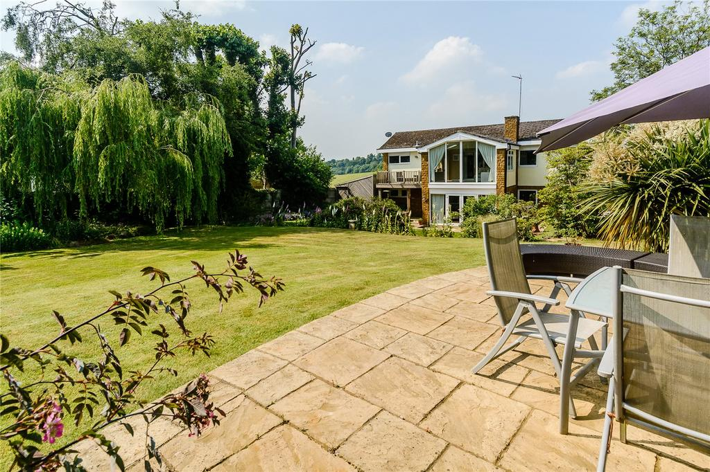 5 Bedrooms Detached House for sale in Overthorpe, Banbury, Oxfordshire