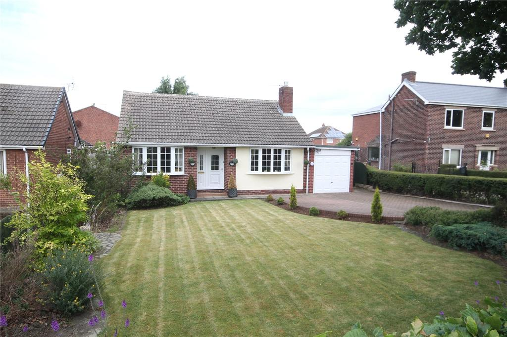 2 Bedrooms Detached Bungalow for sale in Lee Lane, Royston, Barnsley, S71