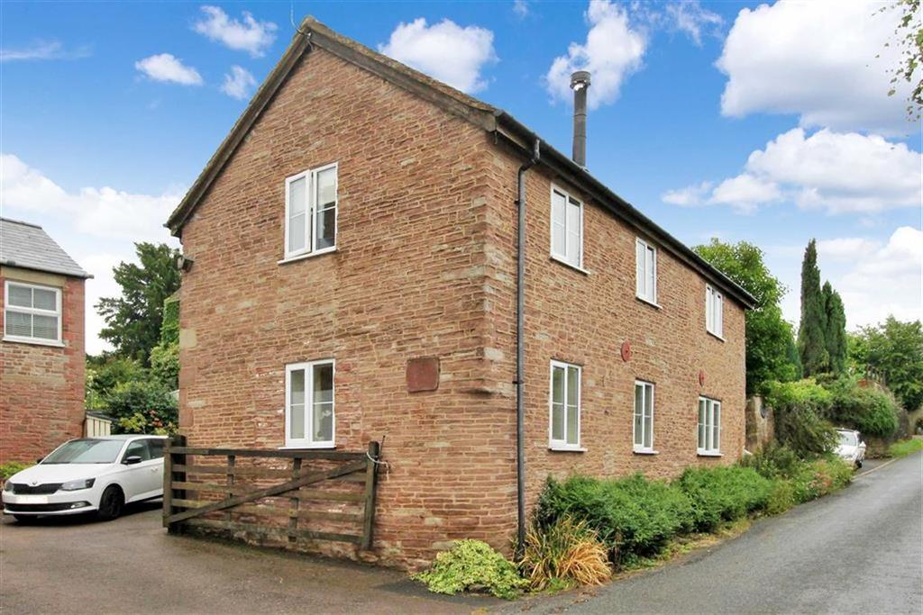 2 Bedrooms Detached House for sale in Pontshill