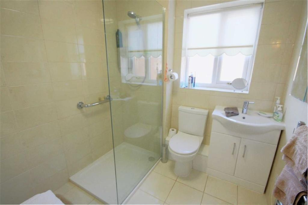 2 Bedrooms Retirement Property for sale in Parklands, Rainford, St Helens, WA11