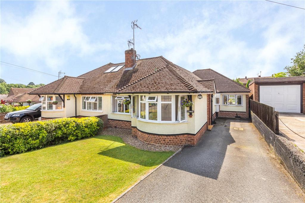 3 Bedrooms Semi Detached Bungalow for sale in Cavendish Road, Markyate, St. Albans, Hertfordshire