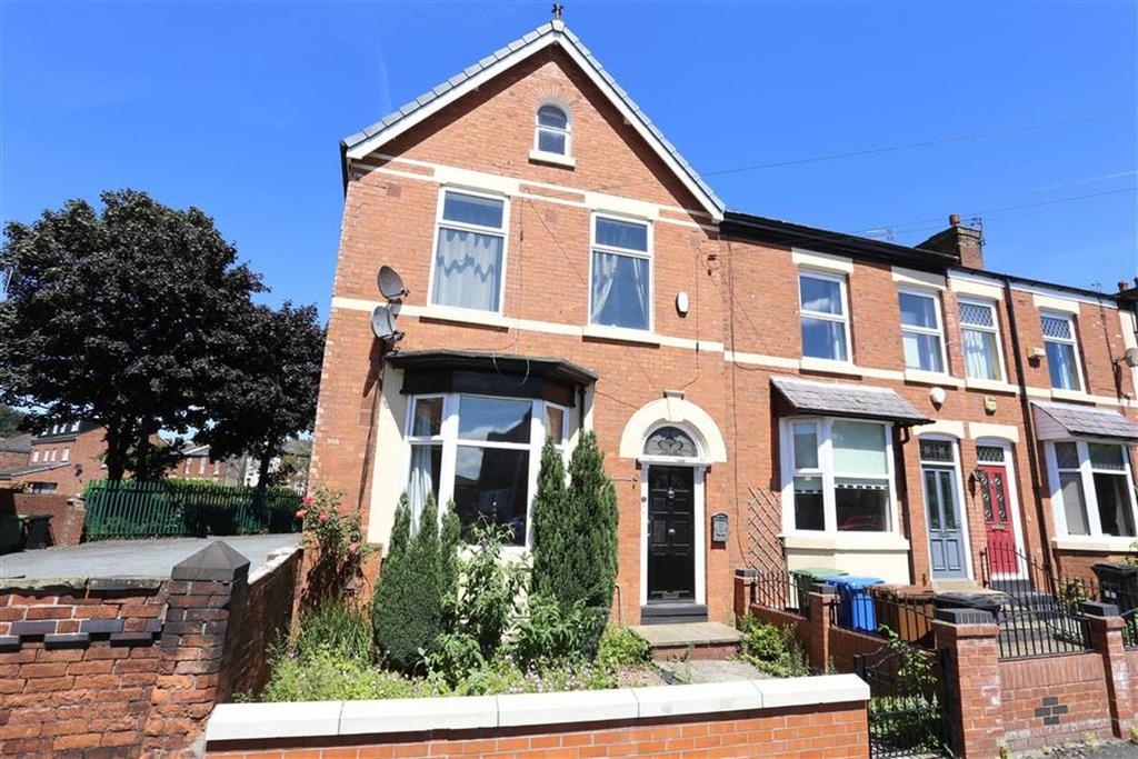 3 Bedrooms Semi Detached House for sale in Cotswold Road, Heaton Norris