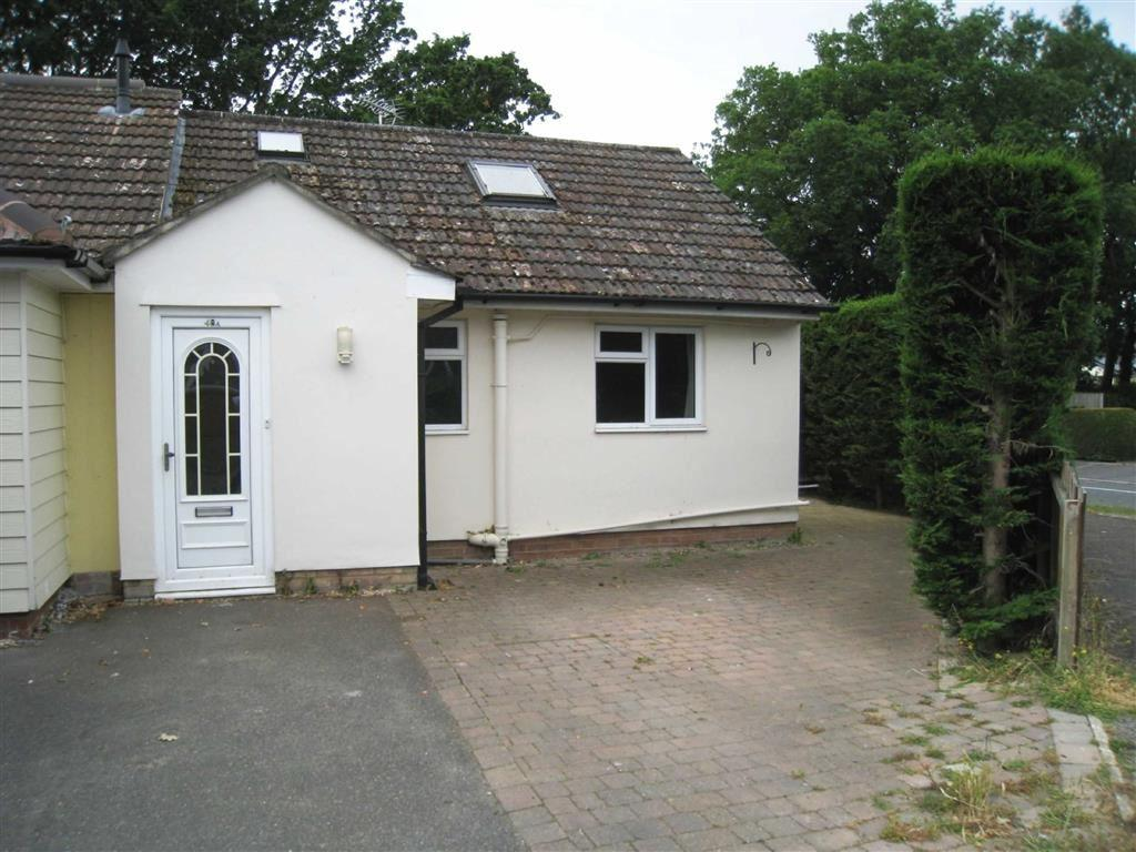 3 Bedrooms Chalet House for sale in Canford Bottom, Wimborne, Dorset