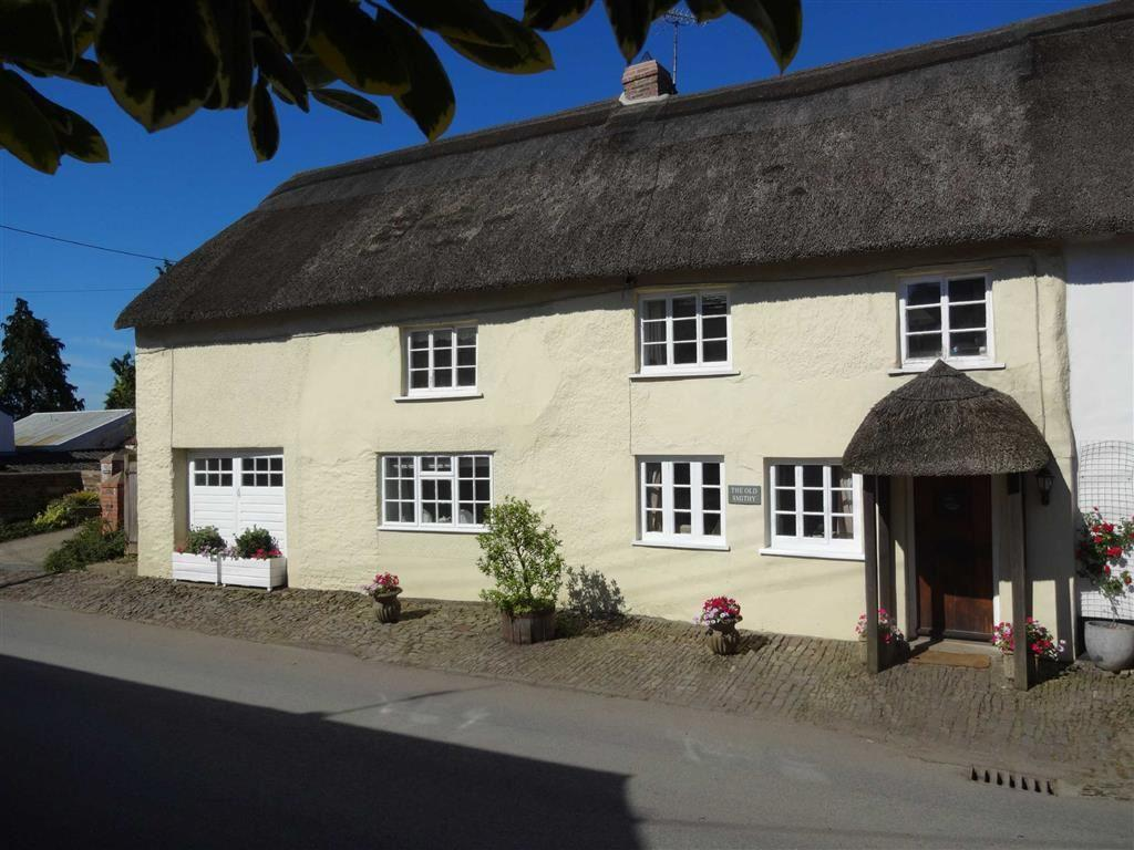 4 Bedrooms Semi Detached House for sale in South Molton Street, Chulmleigh, Devon, EX18