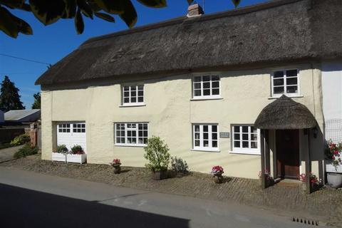 4 bedroom semi-detached house for sale - South Molton Street, Chulmleigh, Devon, EX18