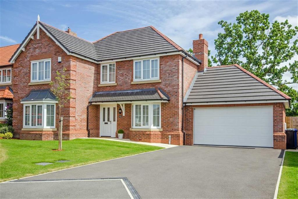 4 Bedrooms Detached House for sale in Llys Dyffryn, St Asaph, St Asaph