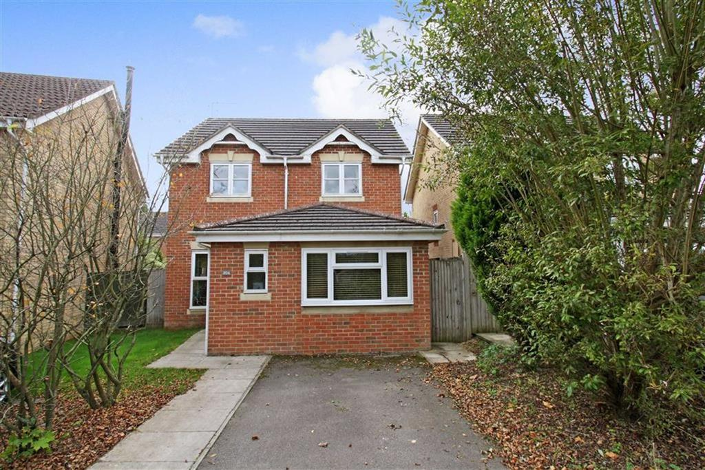 3 Bedrooms Detached House for sale in Huron Drive, Liphook, Hampshire, GU30