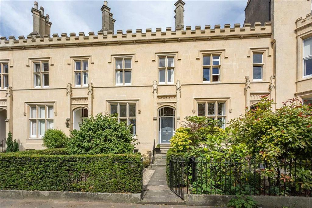 4 Bedrooms Terraced House for sale in Wellington Square, Cheltenham, Gloucestershire, GL50