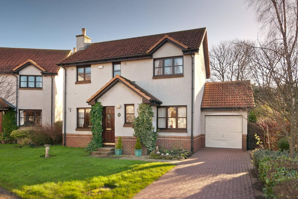 3 Bedrooms Detached House for sale in 35 Ben Sayers Park, North Berwick, EH39 5PT