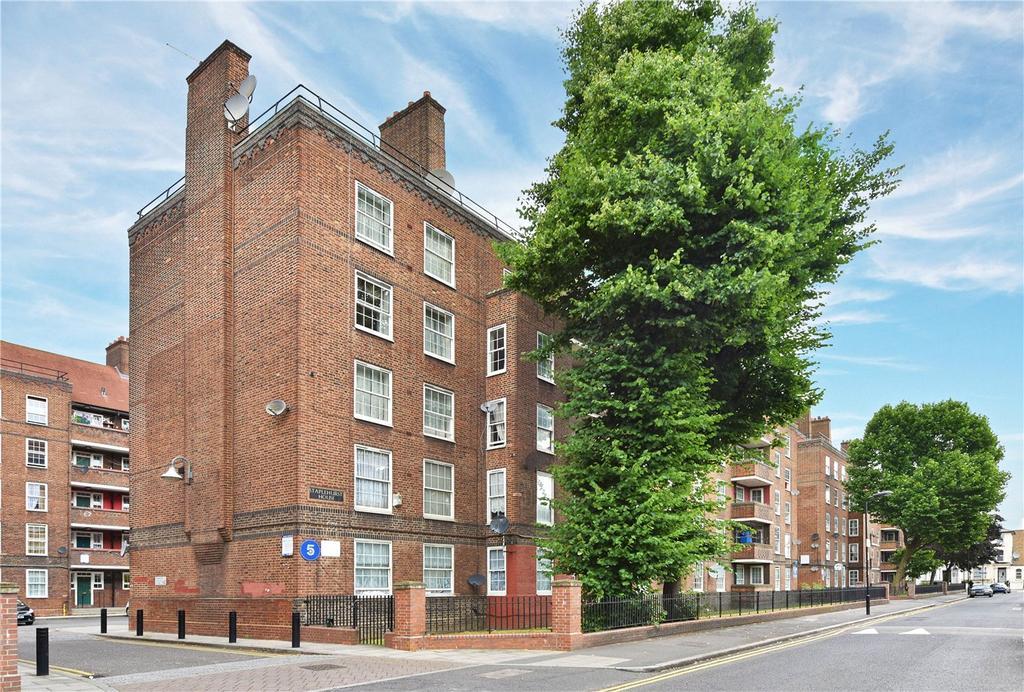 3 Bedrooms Flat for sale in Staplehurst House, Clarence Road, London, E5