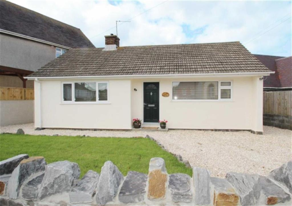 2 Bedrooms Detached Bungalow for sale in Pencaerfenni Lane, Crofty, Swansea