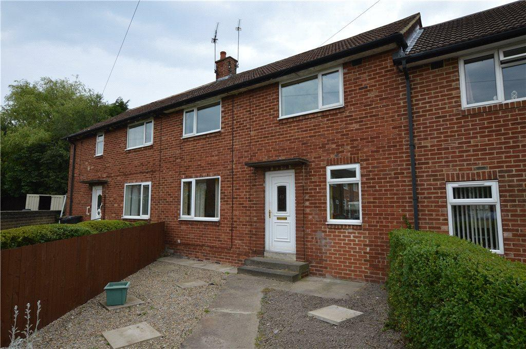 3 Bedrooms Terraced House for sale in Wentworth Crescent, Harrogate, North Yorkshire