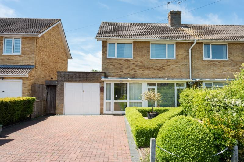 3 Bedrooms Semi Detached House for sale in Westfields, Abingdon