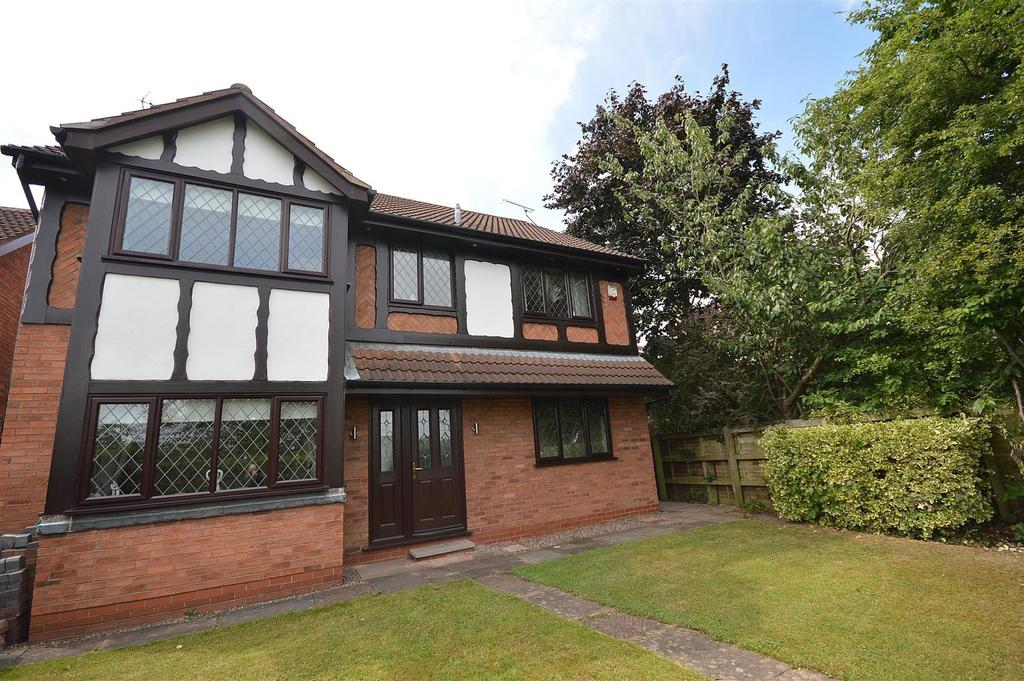 4 Bedrooms Detached House for sale in Nigel Gresley Close, Crewe Green