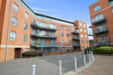 1 bedroom penthouse to rent - Furnace House, Waterfront