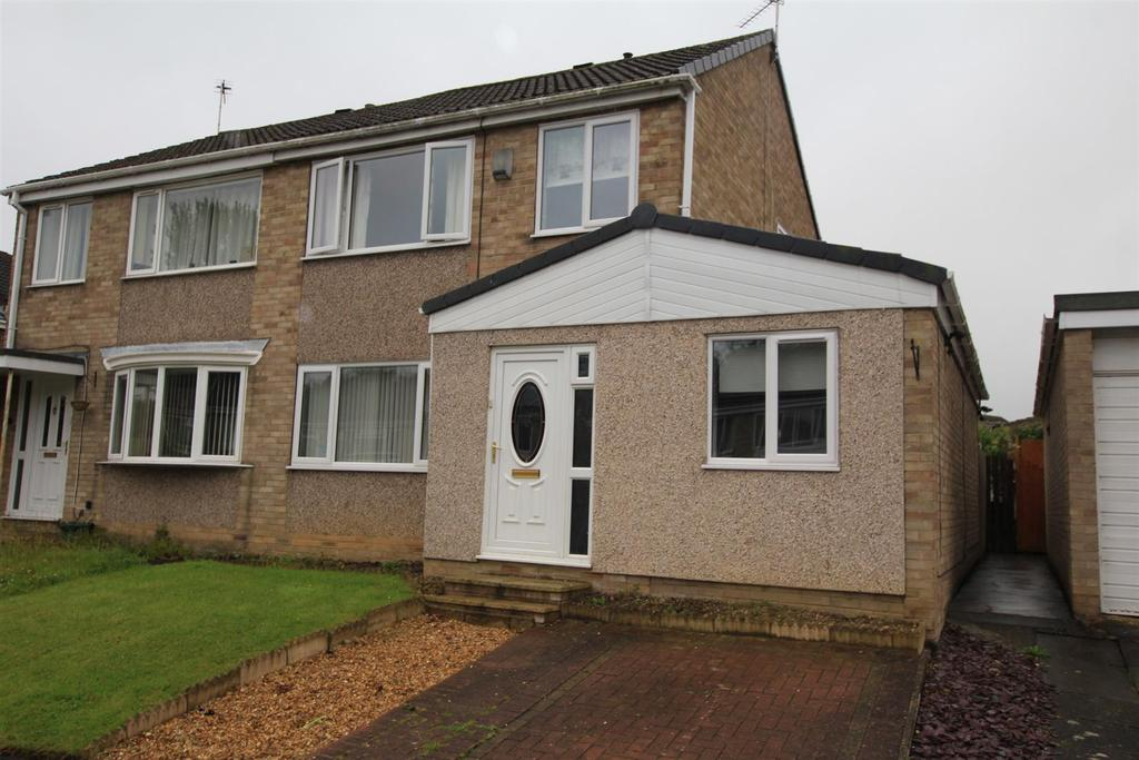 3 Bedrooms Semi Detached House for sale in Elwick Avenue, Newton Aycliffe