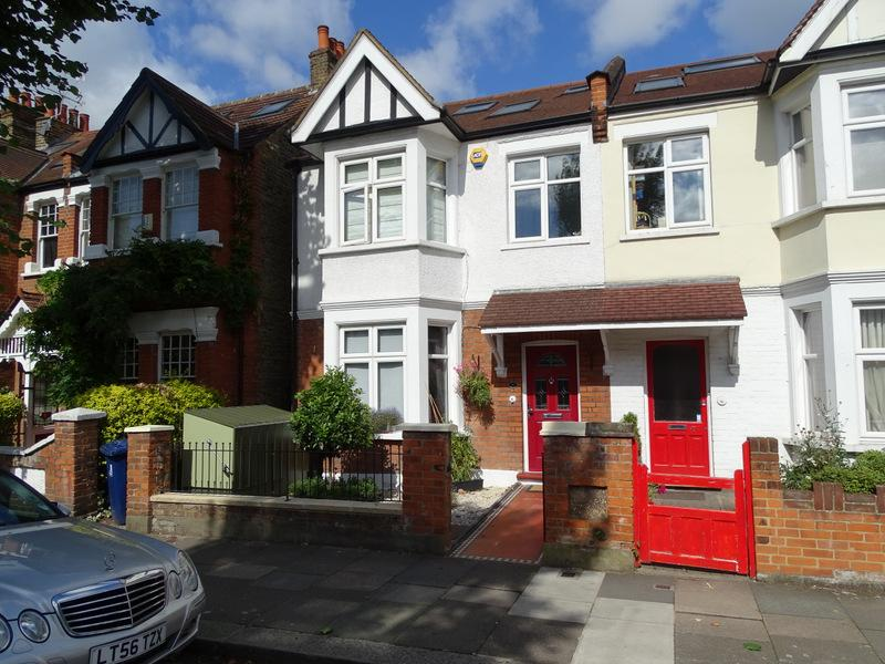 5 Bedrooms House for sale in Kingsdown Avenue, Ealing