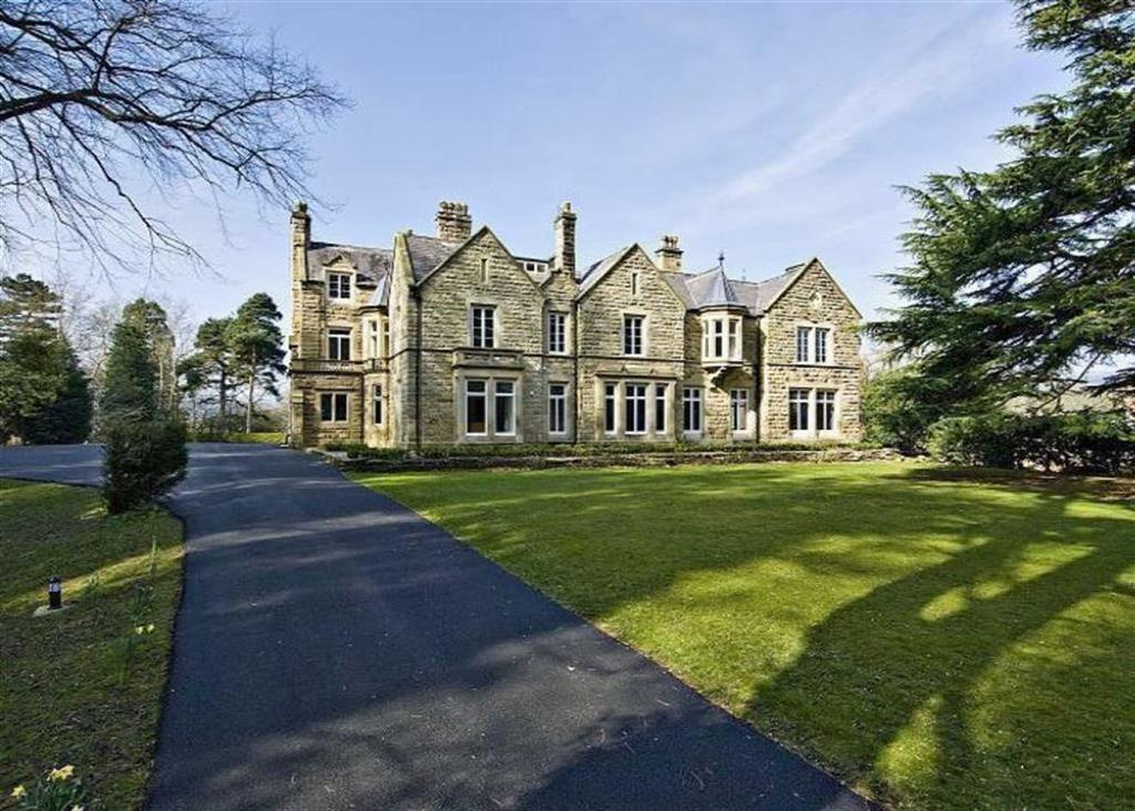 20 Bedrooms Town House for sale in Gate Road, Llangollen, Denbighshire