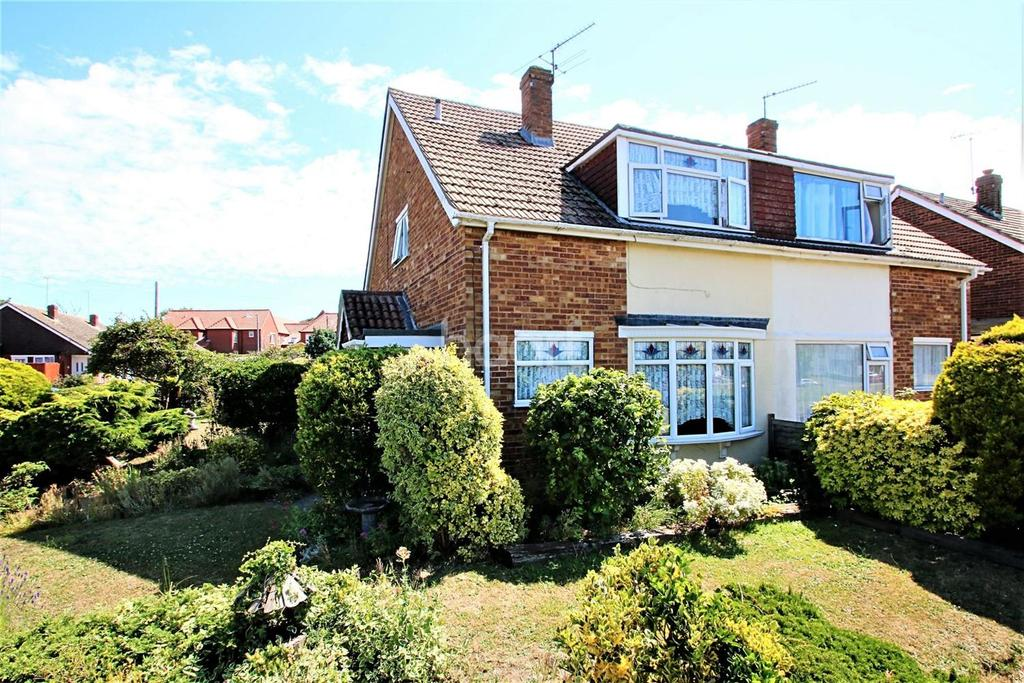 2 Bedrooms Semi Detached House for sale in Holland-on-Sea