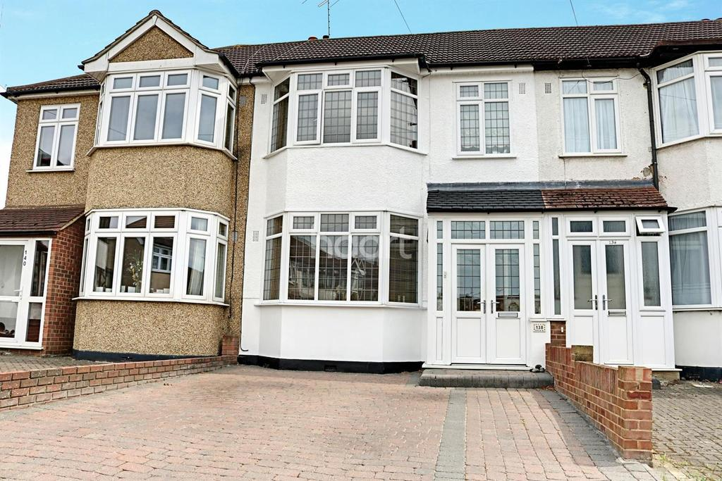 3 Bedrooms Terraced House for sale in Amery Gardens, Gidea Park